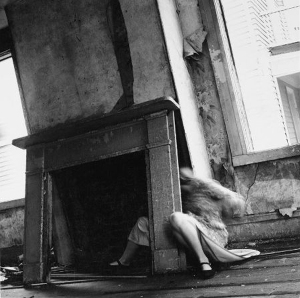 fashion156-francesca-woodman06
